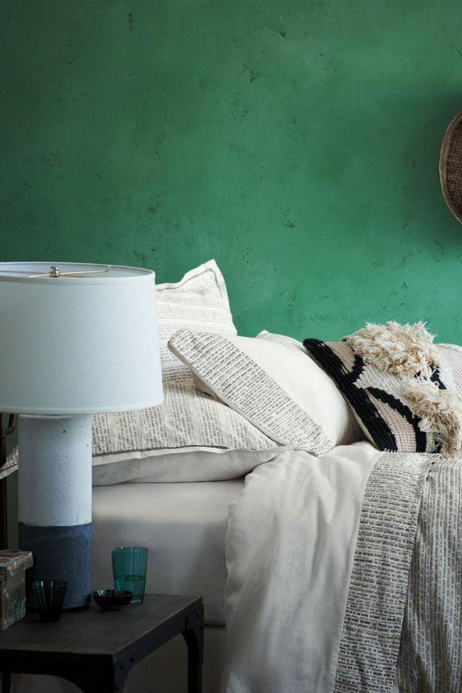 Wandfarbe im Schlafzimmer gruen-creme-bettwaesche | Schlafzimmer ...