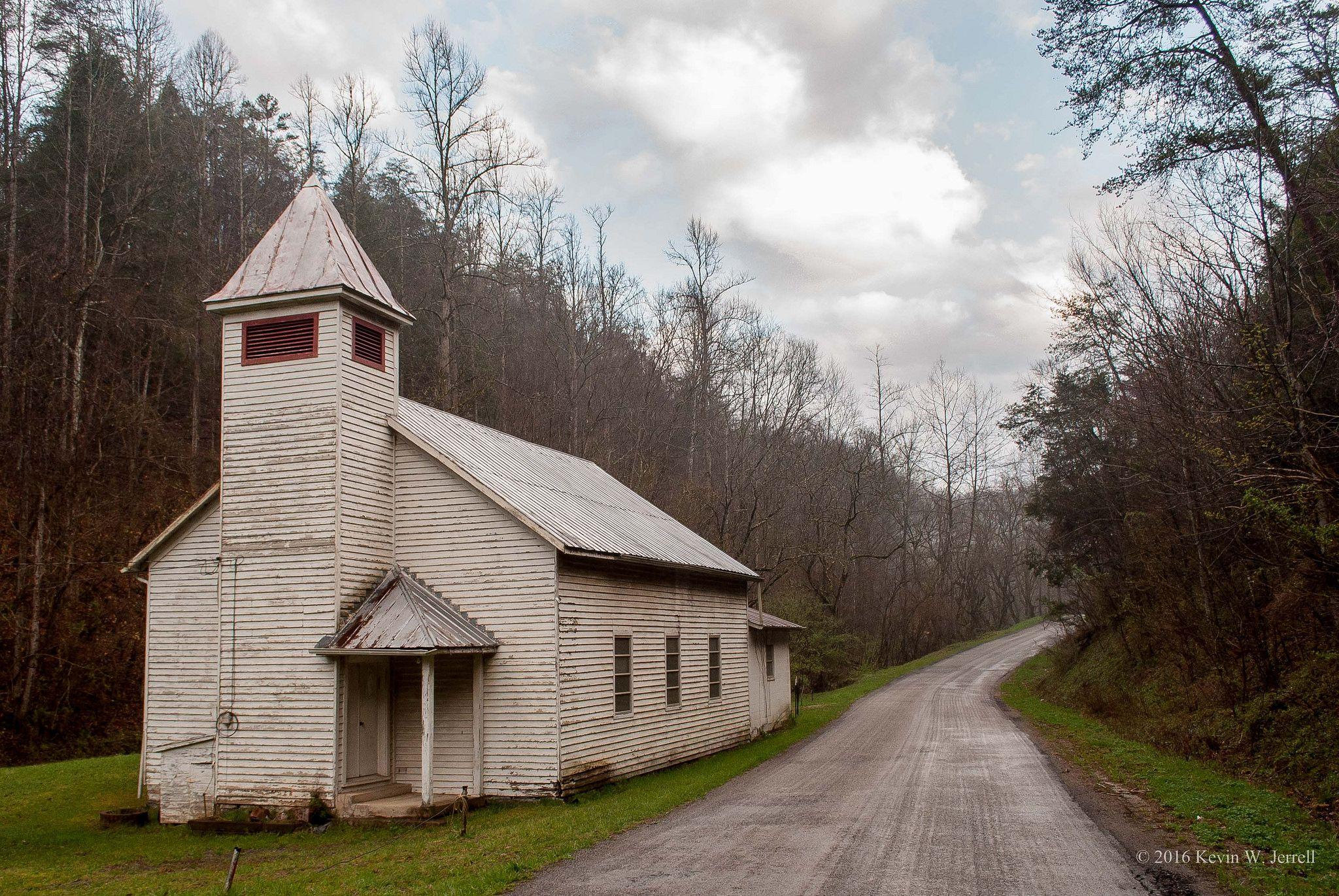 Church On Bellamy Road Abandoned Churches Country Church Abandoned Church