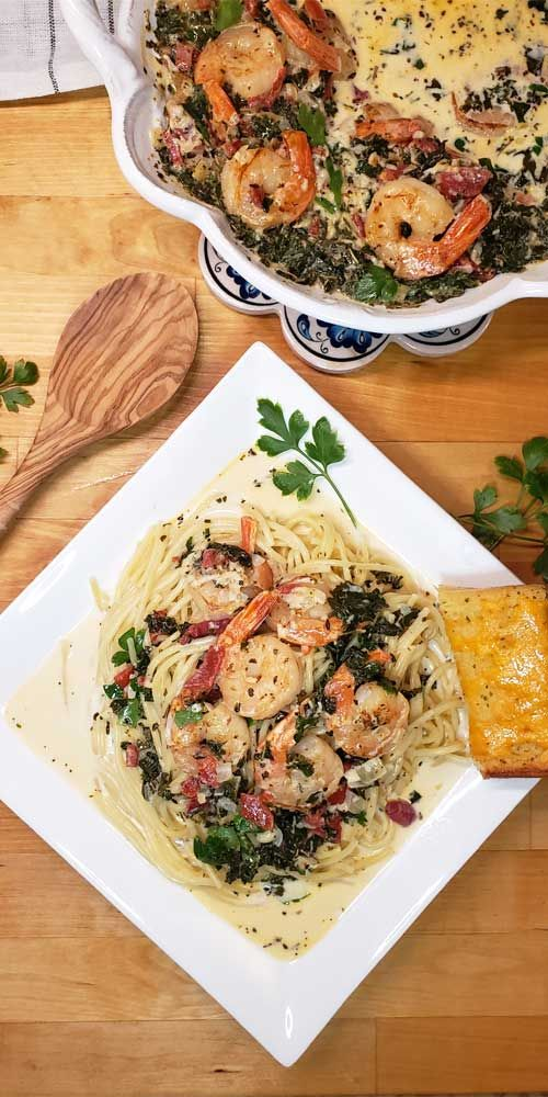 Need a super simple, quick, Chef's quality dinner for a busy day to serve your guests? You can have thisGarlic Butter Tuscan Shrimp in Creamy Wine Sauce on the table in under 30 minutes and it's packed with my favorite Italian flavors! #shrimp #pasta #Italian #dinnerideas #easyrecipe