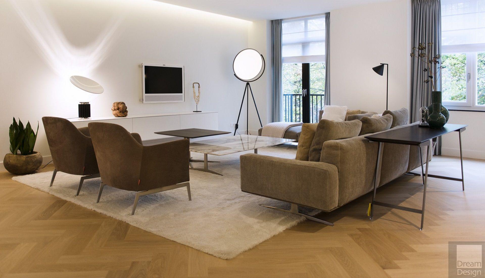 Flos Superloon Floor Lamp   Superloon Is An Adjustable Floor Lamp. Painted  Or Chrome