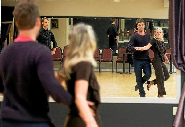 Dancing With The Stars Celebrity Delivers Irish Charm To Willoughby Hills Studio Dancing With The Stars Celebrities Professional Dancers