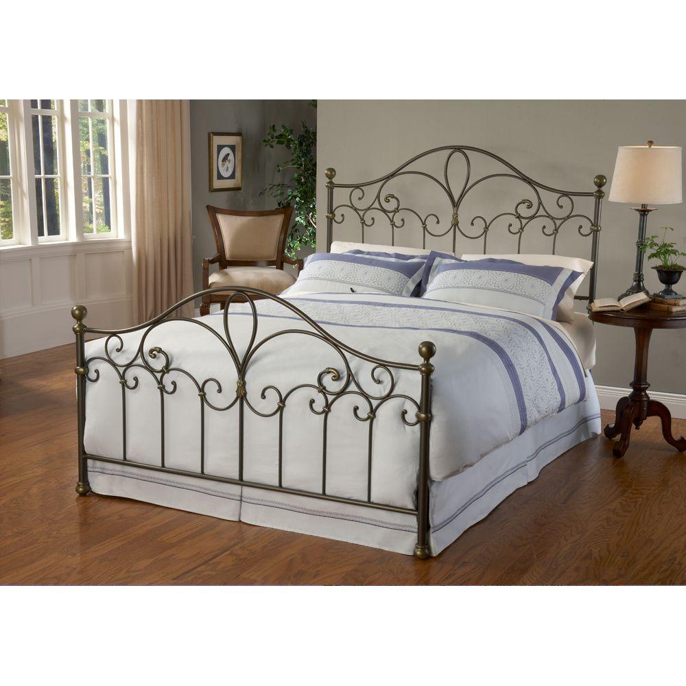Best Meade Iron Bed By Hillsdale Furniture Iron Bed Frame 640 x 480