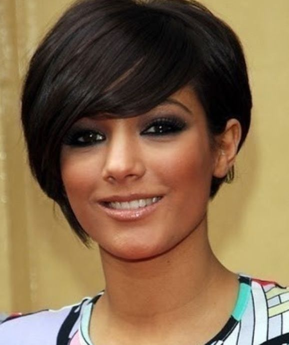 50 Super Cute Looks With Short Hairstyles For Round Faces Short Choppy Hair Round Face Haircuts Short Hair Styles For Round Faces