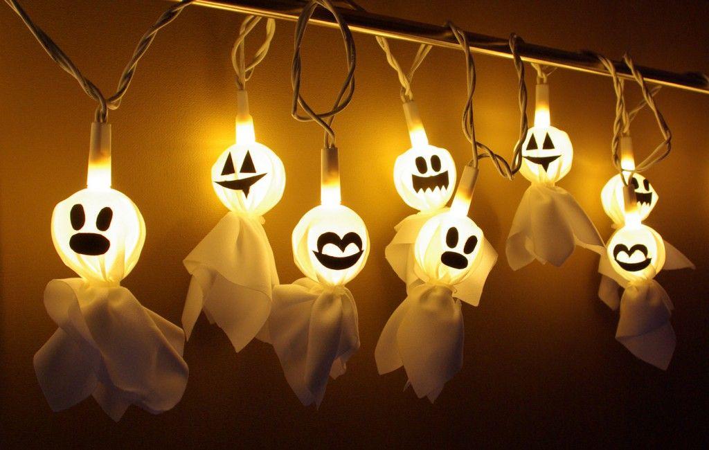 Halloween Geister Lichterkette Basteln DIY Anleitung