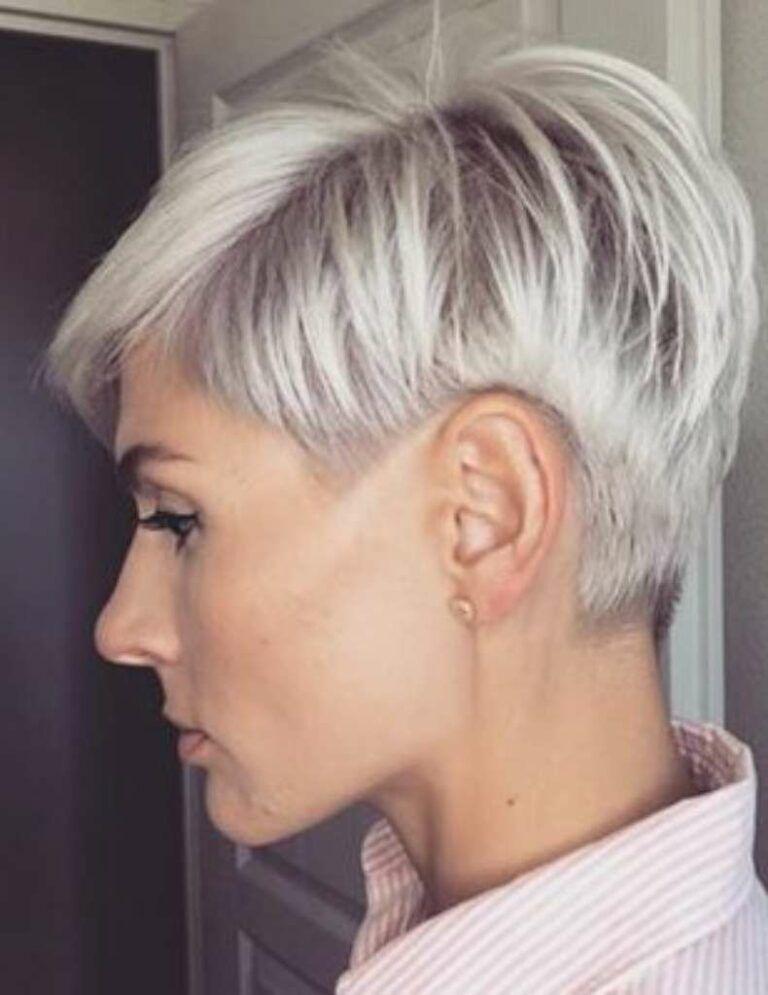 Kurze Haare Irina Games Freche Frisuren In 2020 Kurzhaarfrisuren Frisuren Kurze Graue Haare Haarschnitt