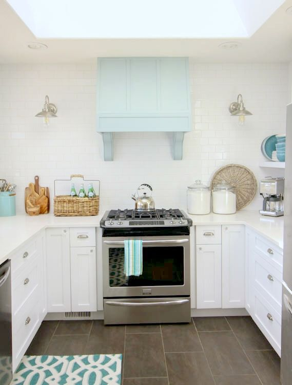 Wonderful White Kitchen Aqua Accents Tst Glass Conch Beach Style