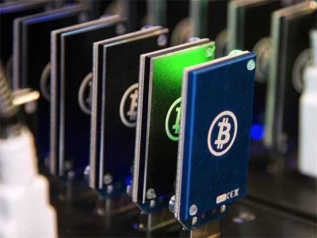 bitcoin online de tranzacționare 2021usd la btc