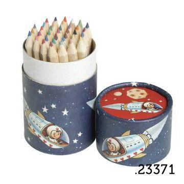 .23371 _ 36 lápis de cor menino no espaço   36 pencil tube spaceboy (altura height 10cm) _ ♥ 5.00   www.atelierdatufi.com   info@atelierdatufi.com