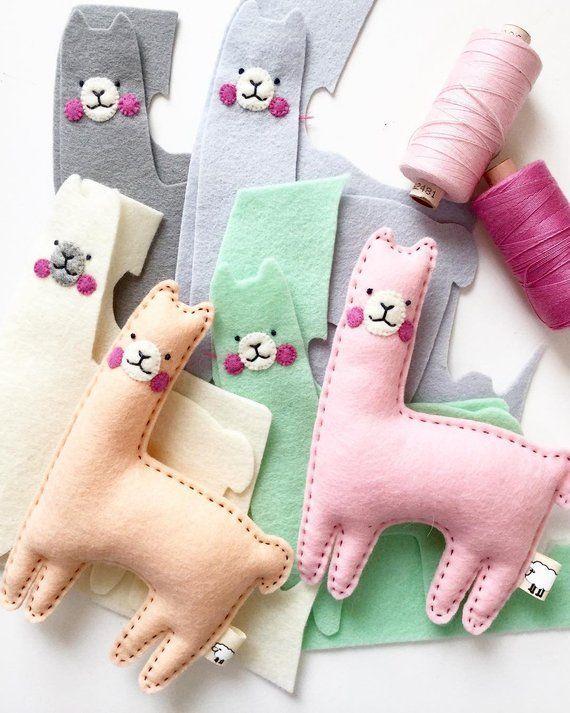 Llama toy, wool felt animal, llama plush, llama gifts, nursery decor, llama ornament, organic toy, lama baby shower favors, alpaca toy