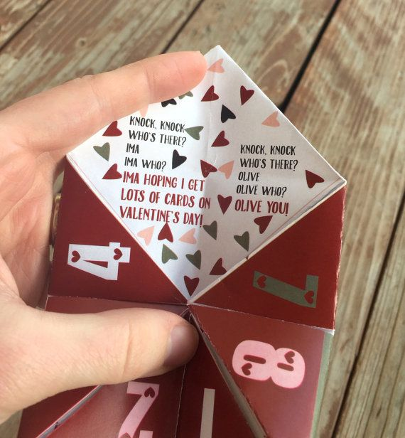 These cootie catchers are perfect for kids who love knock knock these cootie catchers are perfect for kids who love knock knock jokes they make fun activities or easy do it yourself children solutioingenieria Images