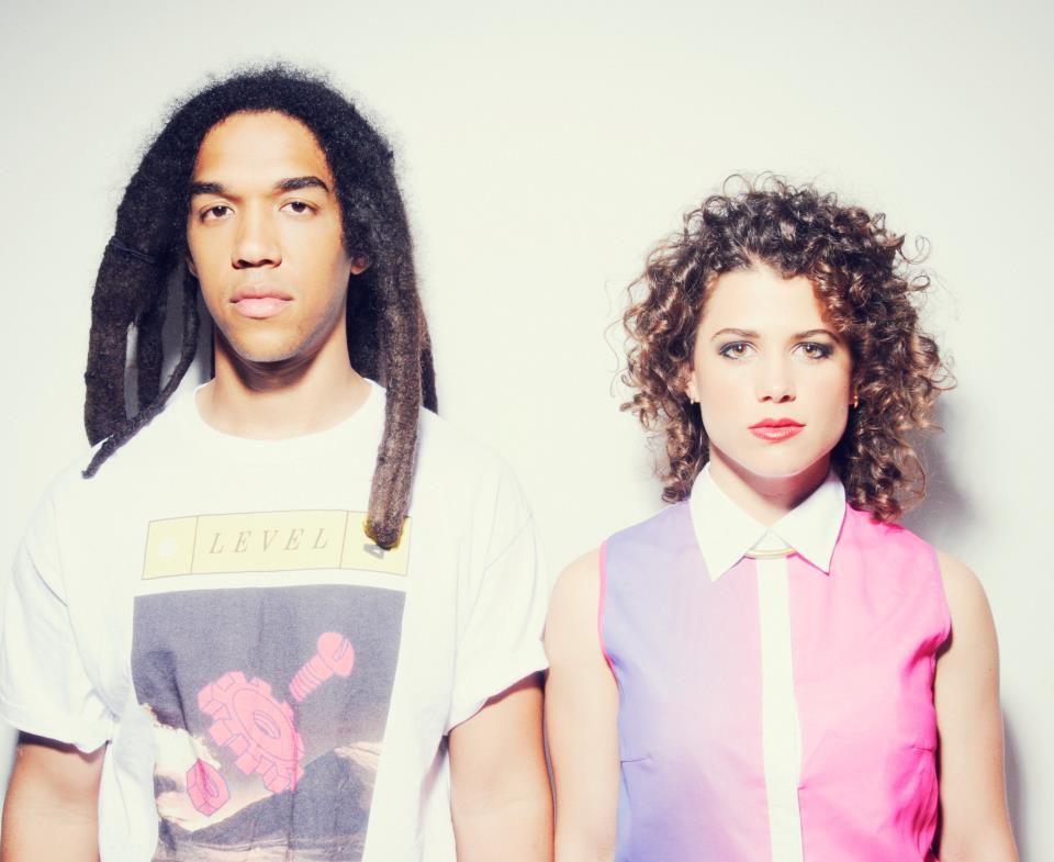 Electric Youth escapan en el nuevo single de su debut