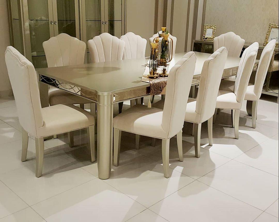 طاولة طعام فاخرة Furniture Dining Furniture Dining Chairs