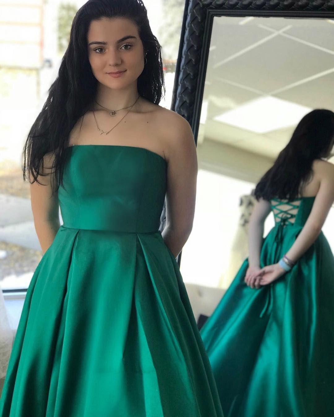 Simple Green Long Prom Dress With Lace Up Back From Dreamdressy In 2021 Dresses Long Prom Dress Lace Dress [ 1350 x 1080 Pixel ]