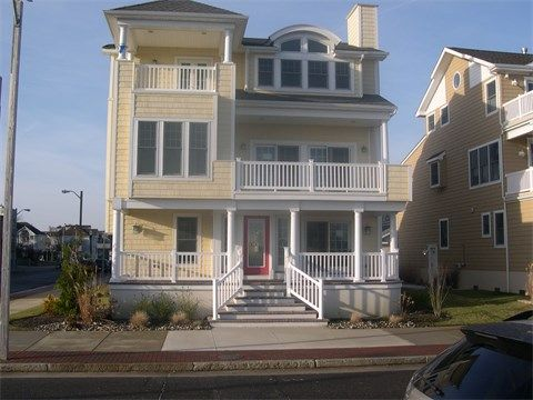 Single Family Home For Sale At 402 N Maine Ave Atlantic City New Jersey 08401 United States House Styles Sothebys International Realty Atlantic City