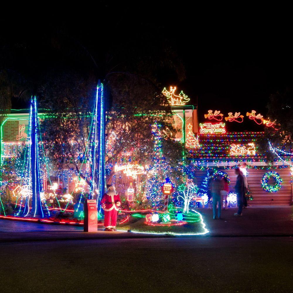 christmas home lighting. 50 Spectacular Home Christmas Lights Displays Lighting