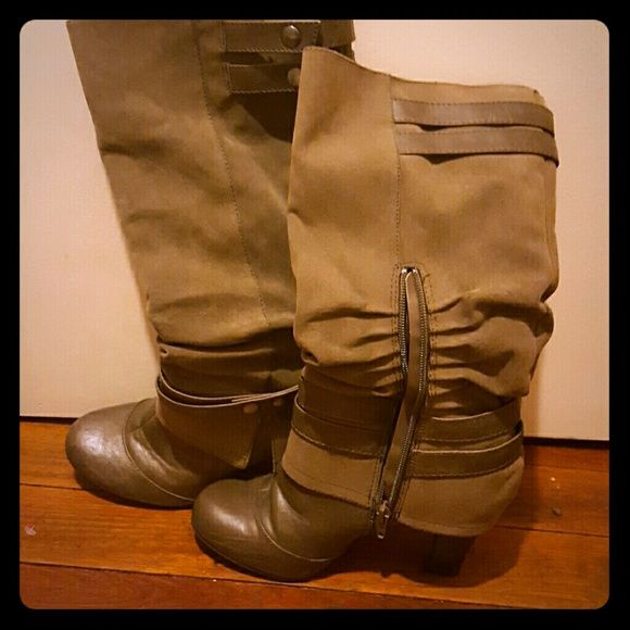 boot I used like 3 time or 4 but they still in good condition Fergie Shoes Heeled Boots