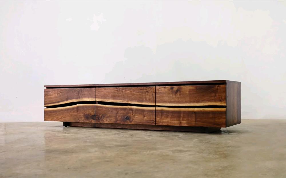 Kobeomsuk Furniture Korean Wood Working Studio Making Live Edge Tv Stand Material Walnut Size 1950 450 450 Finishing W B In 2020 Diy Furniture Furniture Woodworking
