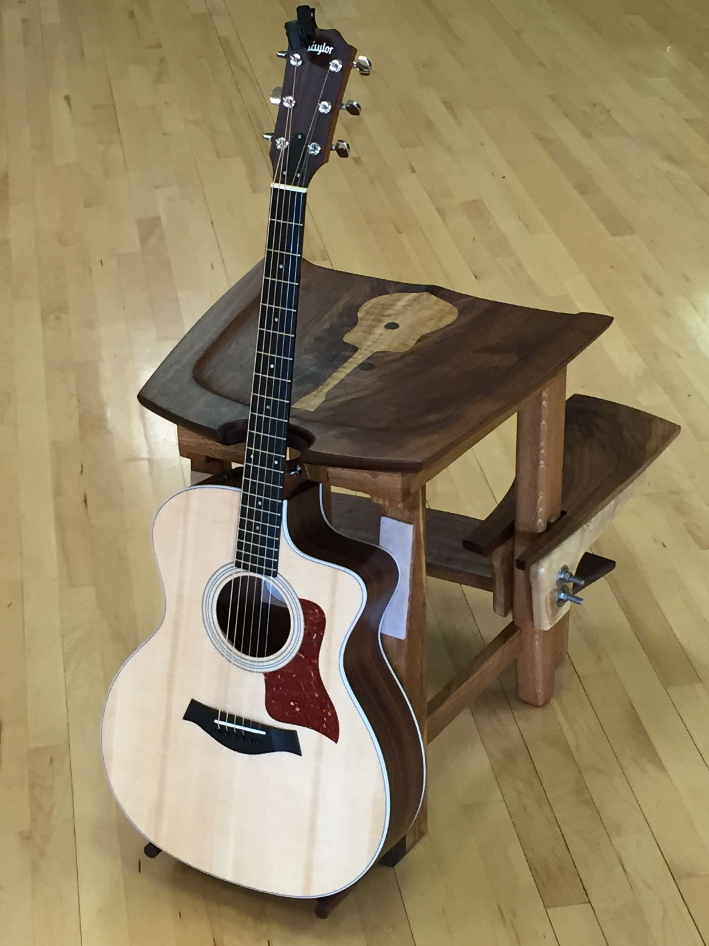 wooden guitar stool stand with adjustable foot rest wood guitar stool diy stool guitar et. Black Bedroom Furniture Sets. Home Design Ideas