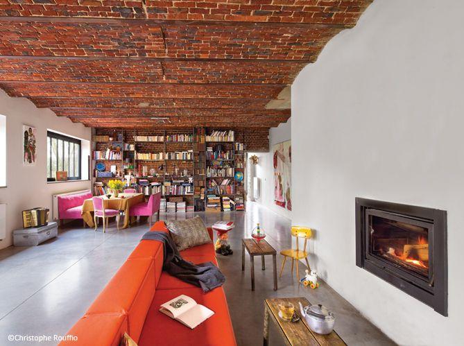 la reconversion d 39 une grange elle d coration high fire pinterest grange briques et plafond. Black Bedroom Furniture Sets. Home Design Ideas