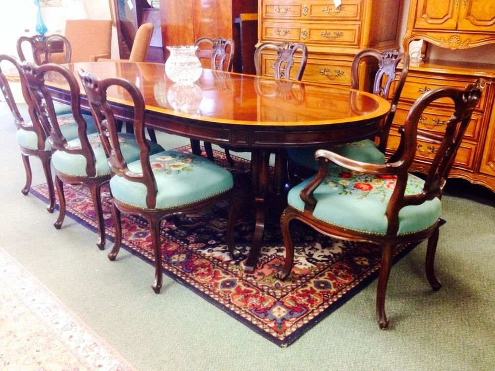 Vintage Mahogany Oval Inlay Dining Room Set Table 8 Needlepoint