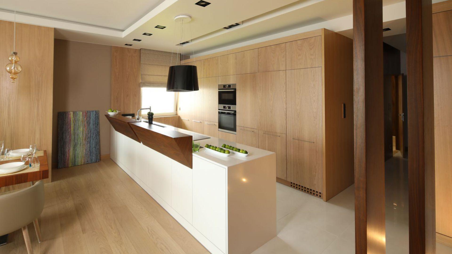 Nowoczesne Mieszkanie Przytulne Wnetrze W Bezach I Brazach Home Decor Home Room Divider