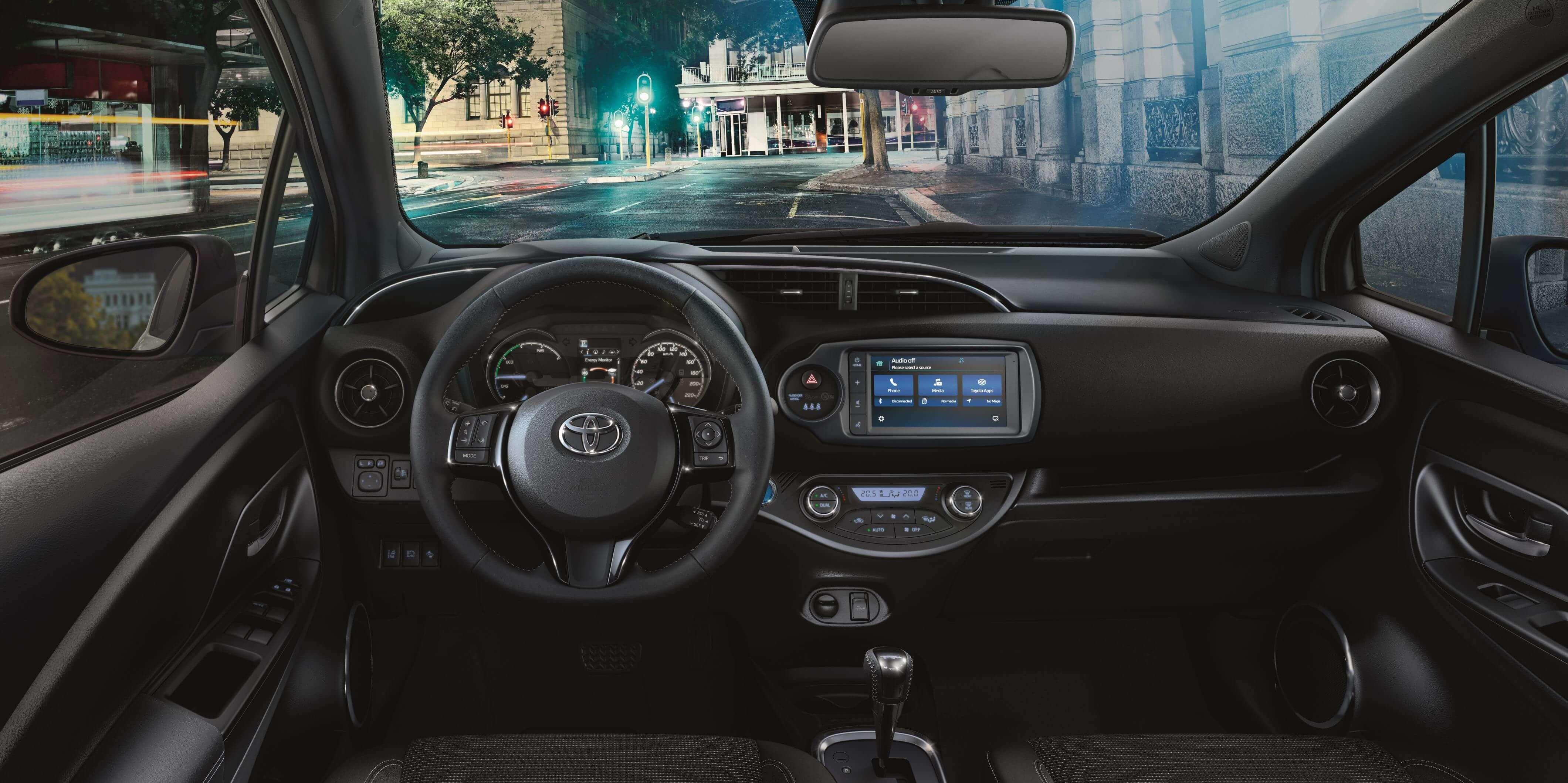 Toyota Yaris 2019 Ahora Con Mayor Conectividad Movil Busco Un Coche Toyota Toyota Corolla Jeep Renegade
