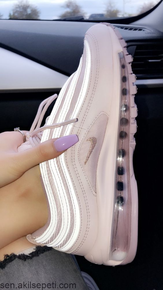 Pin by Izzy on Shoes   Cute sneakers, Sneakers, Trending shoes