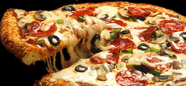 Easy Homemade Pizza Casserole Recipe In 2020 Easy Homemade Pizza Healthy Travel Snacks Homemade Pizza