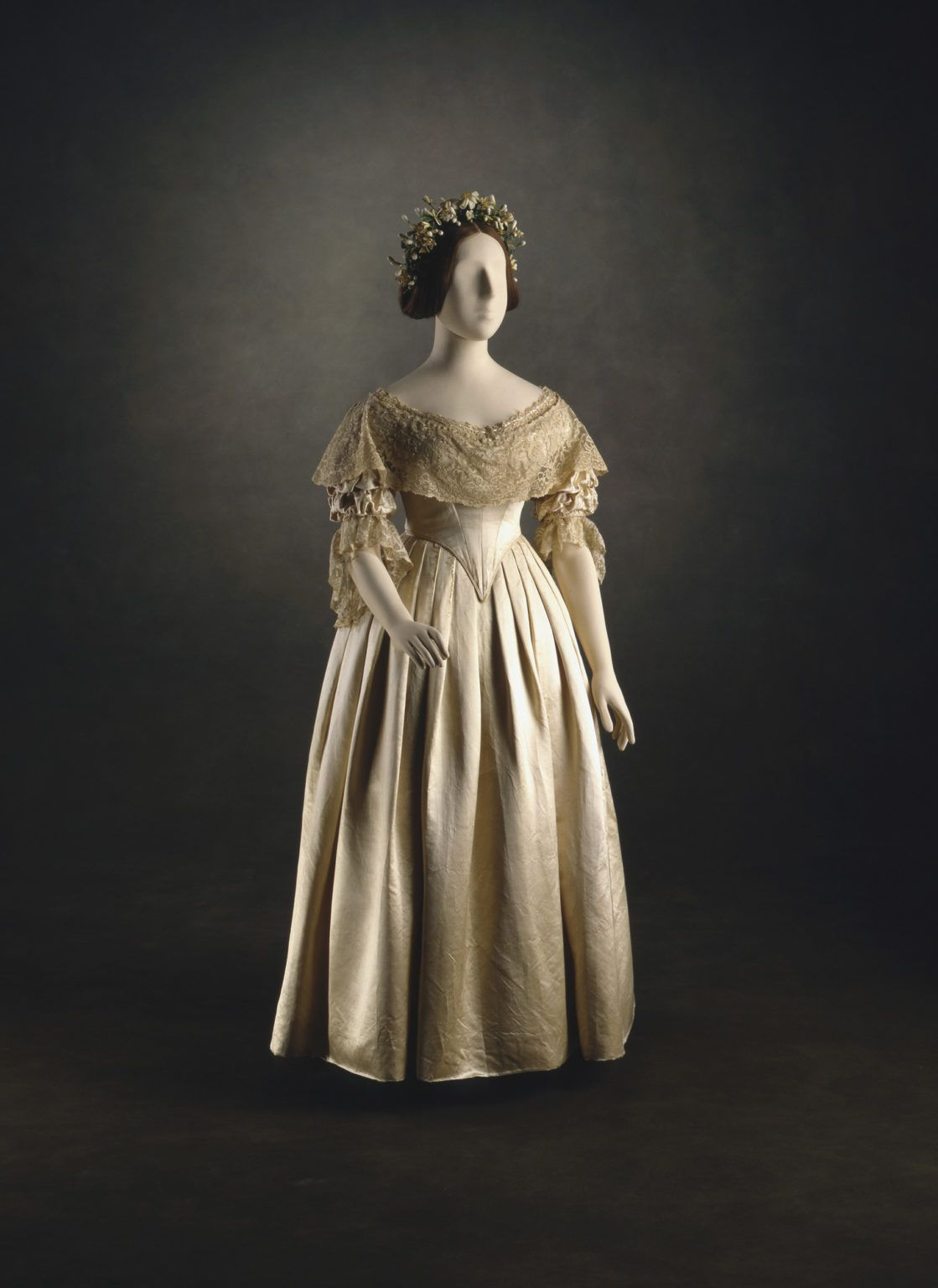 Queen Victoria S Wedding Dress I Wore A White Satin Gown With A Very Deep Flounce Of In 2021 Queen Victoria Wedding Queen Victoria Dress Queen Victoria Wedding Dress [ 1536 x 1119 Pixel ]