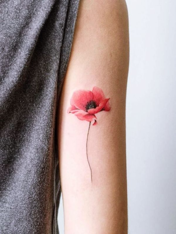 40 Cute Watercolor Tattoo Designs And Ideas For Temporary Use Aquarell Tattoo Mohnblumen Tattoo Blumentattoos