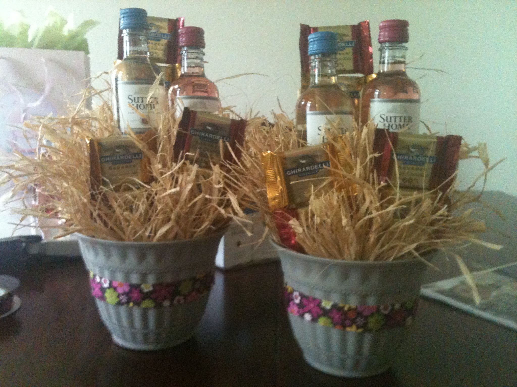 Create Small Gift Baskets With Wine Chocolate For Your Bridal Shower Guests