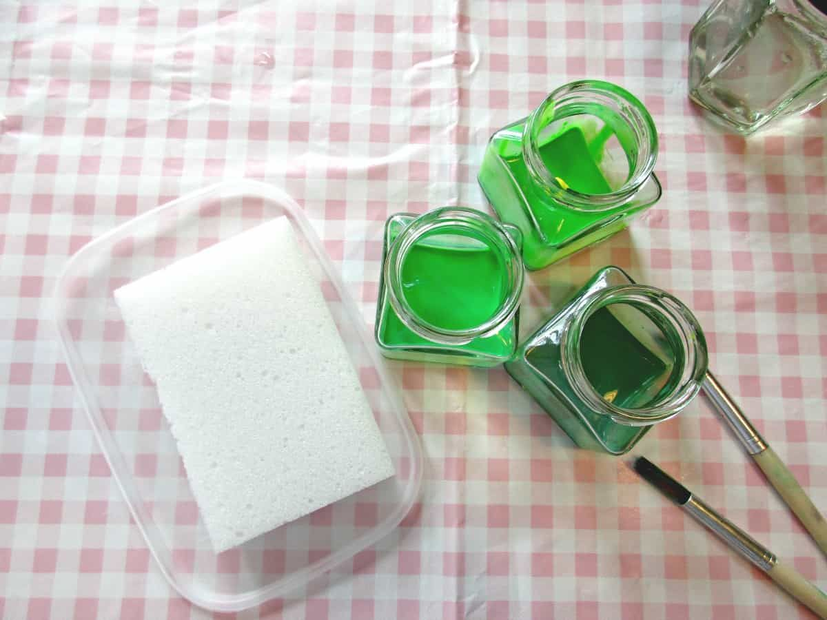 How to make Brilliant DIY Fabric Paint at Home Acrylic