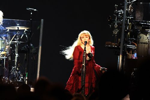 Stevie Nicks | Stevie Nicks And Dave Stewart Perform At Sydn… | Flickr