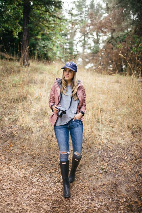 10.15 fall in big sur (Barbour 'millfire' hooded quilted jacket in old rose + Current/Elliott 'the freshman' tee in heather grey + Joe's '#hello' skinny jeans + Hunter tall rain boots in rhodonite pink + J Crew baseball cap + Hermes watch)
