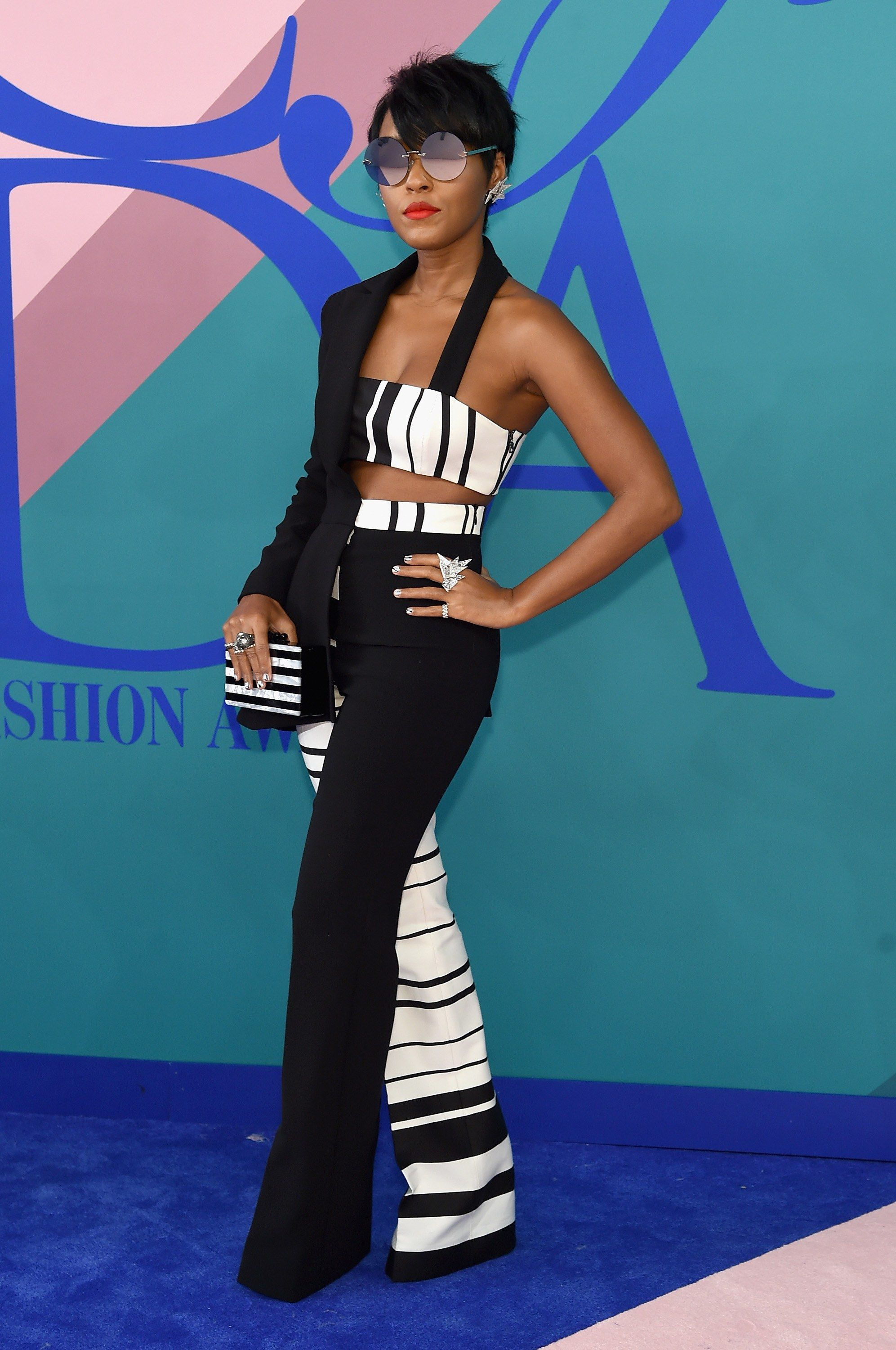 Cfda awards fashionulive from the red carpet fashion
