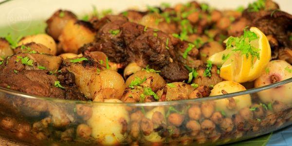 Cbc Sofra طريقة تحضير طاجن لحم وبصل نورا السادات Recipe Recipes Beef Food
