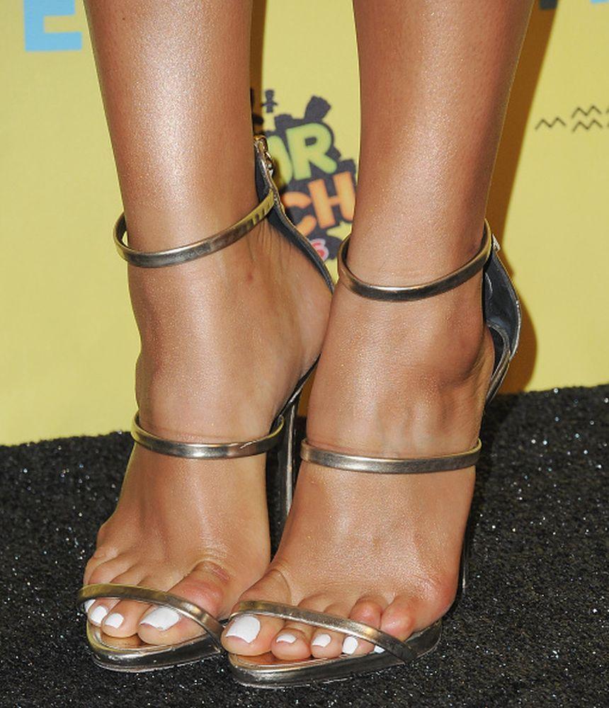 Shay Mitchells Feet