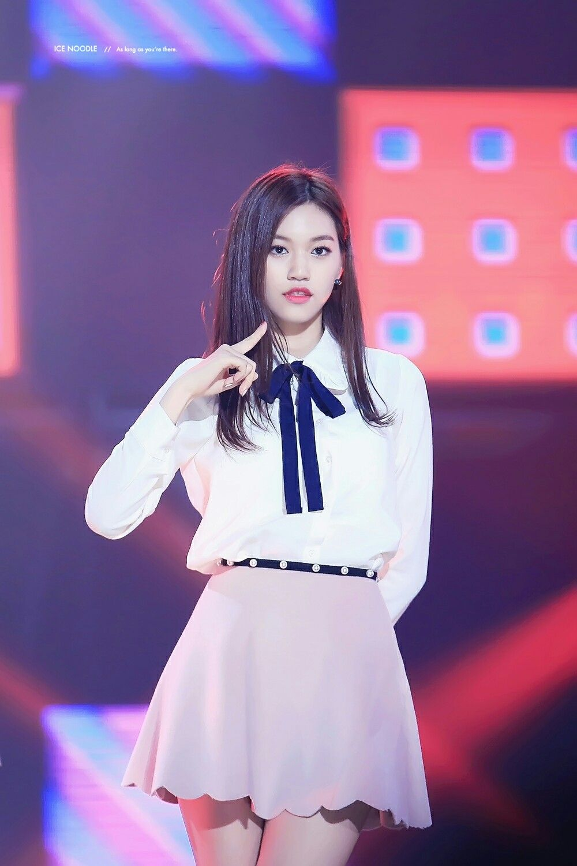 I.O.I. Doyeon   Kim doyeon, Ulzzang girl, Doyeon