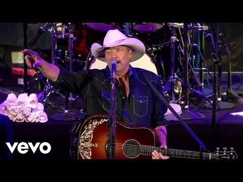 Alan Jackson Livin On Love Keepin It Country Youtube