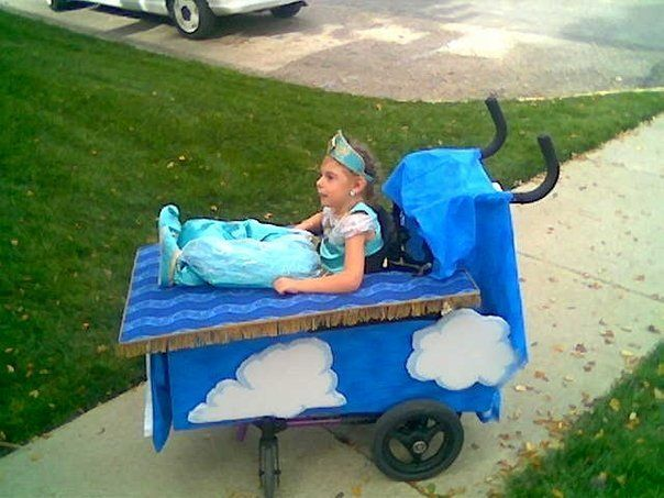 Family Builds Amazing Halloween Costumes Around 12-Year-Old\'s ...