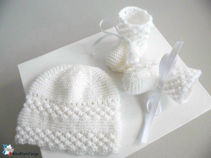 4f5a619e4de Bonnet bébé et chaussons