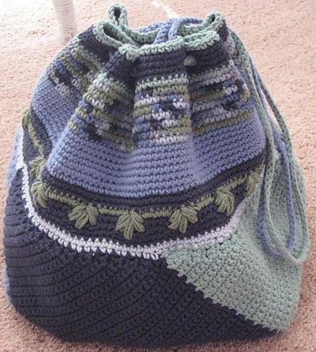 Ravelry: Project Gallery for Crocheted Swirling Bag pattern by Kathy Merrick - free crochet pattern!