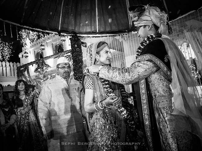 Photographer Shoots Indian Wedding Using Iphone 6s Plus