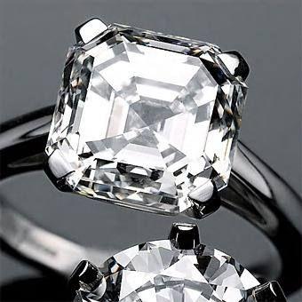 Anillo Con Diamante Azul Asscher De 1.00 Cts. En Oro De 14k - $ 6,499.00