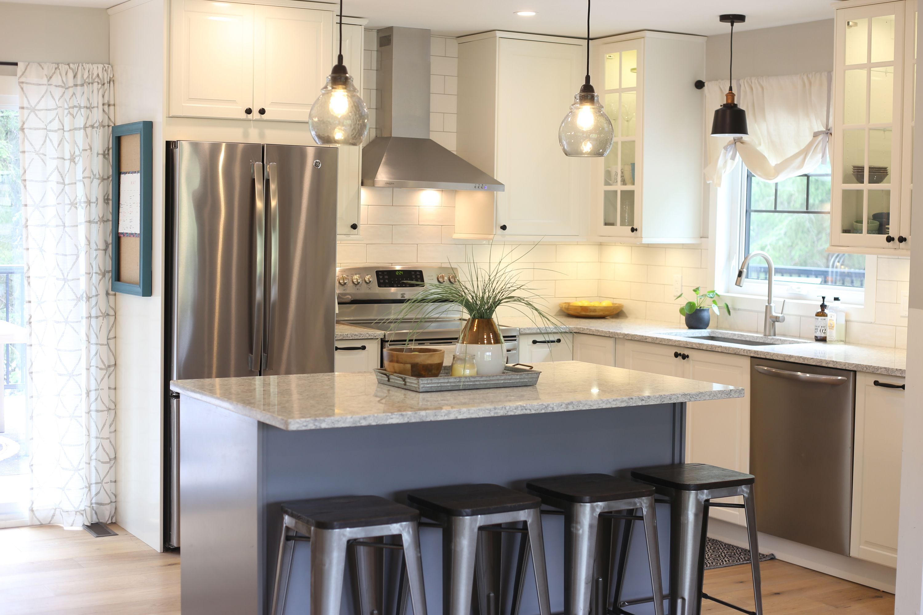 IKEA Kitchen Maximizes Space, Style and Storage (With