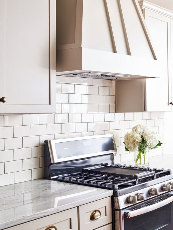 5th Avenue 3x6 Subway Tile In Ivory Glossy This Tile Series Offers