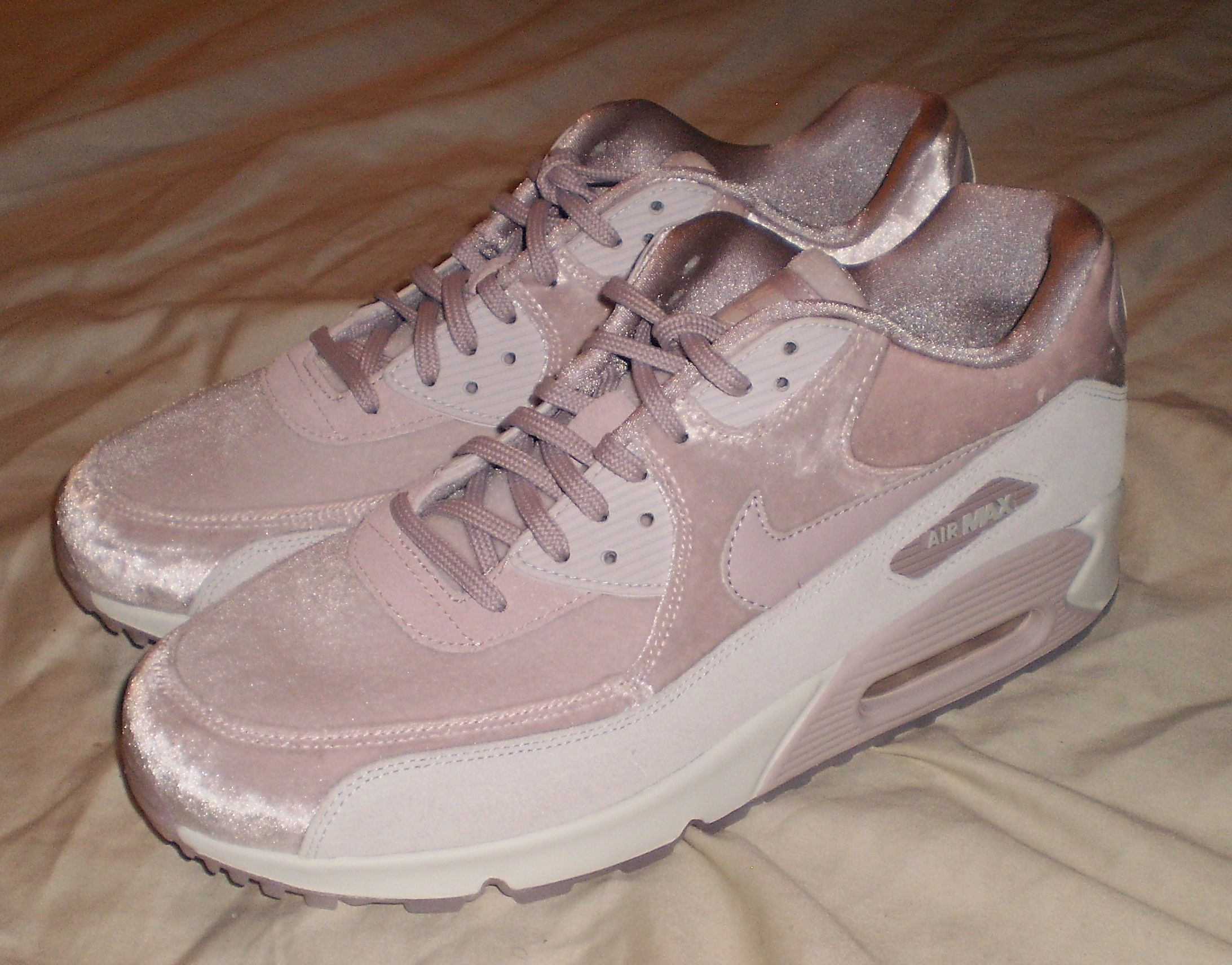WOMENS NIKE AIR MAX 90 LX PARTICLE ROSE COMFORT CASUAL SHOES SIZE 12 https  04594e038