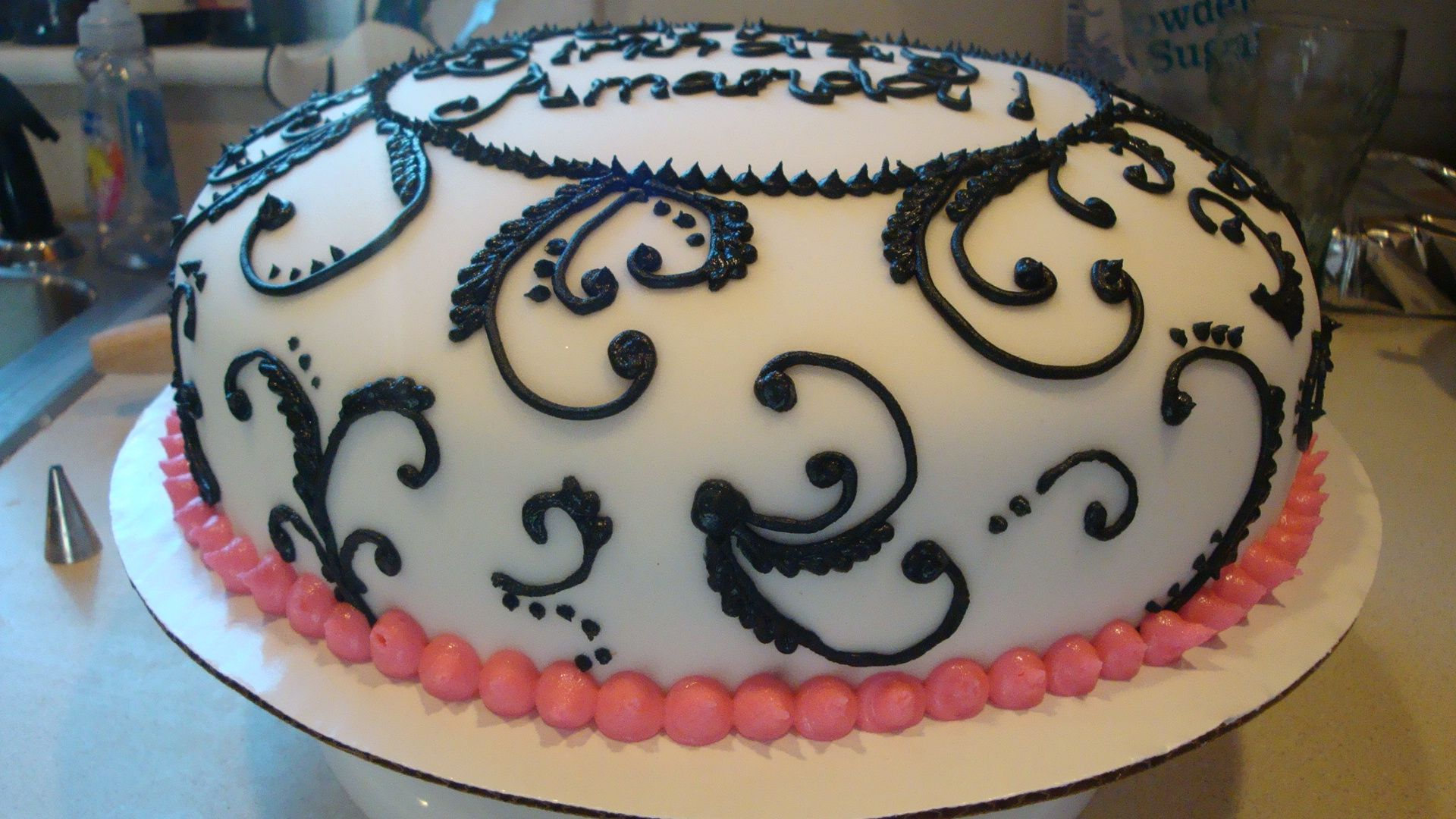 queenblack and white and red baby shower cakes Black White Pink