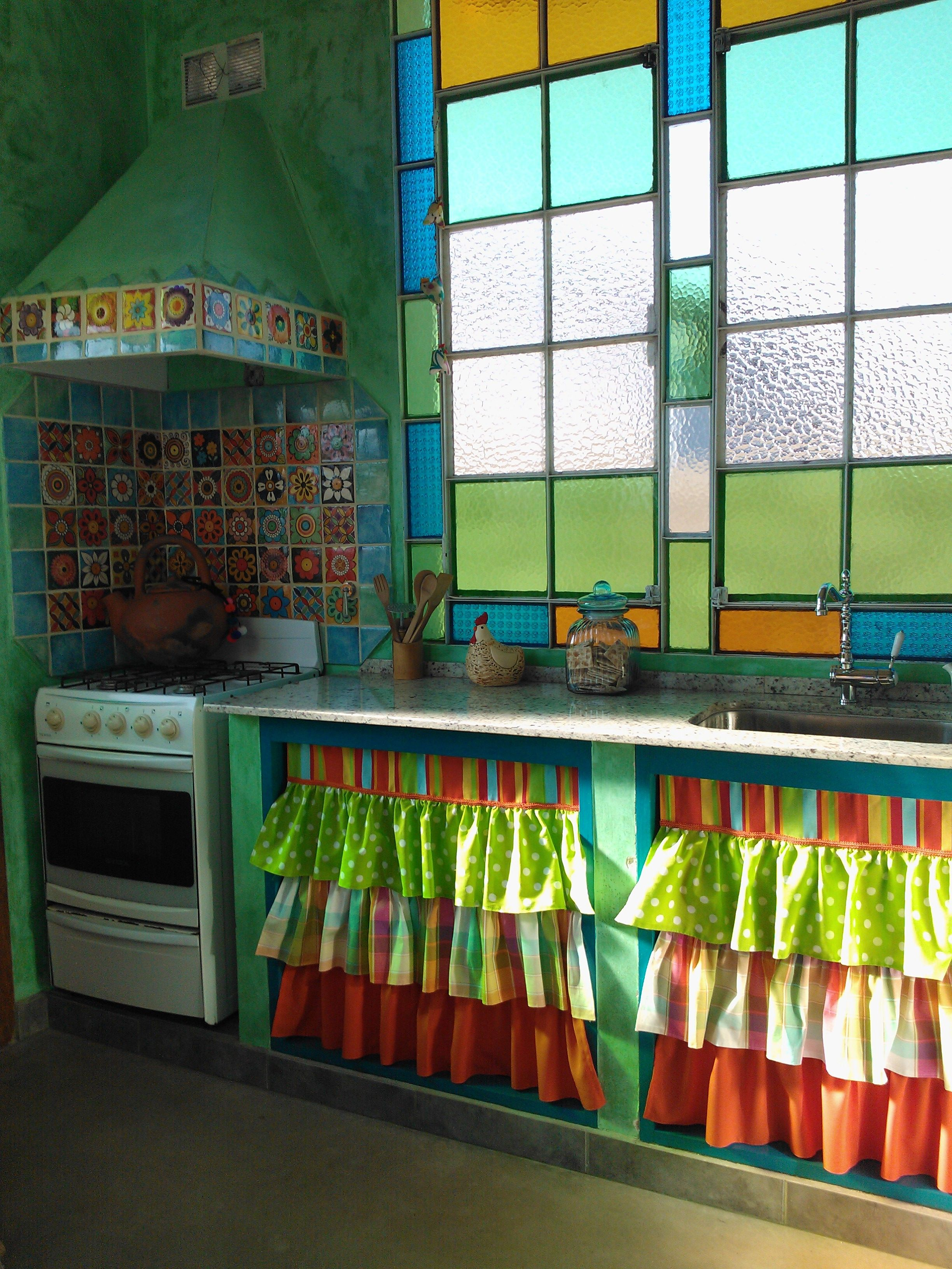 Cocina estilo Julieta Be. Cortina hecha por mi! | Baño | Pinterest ...