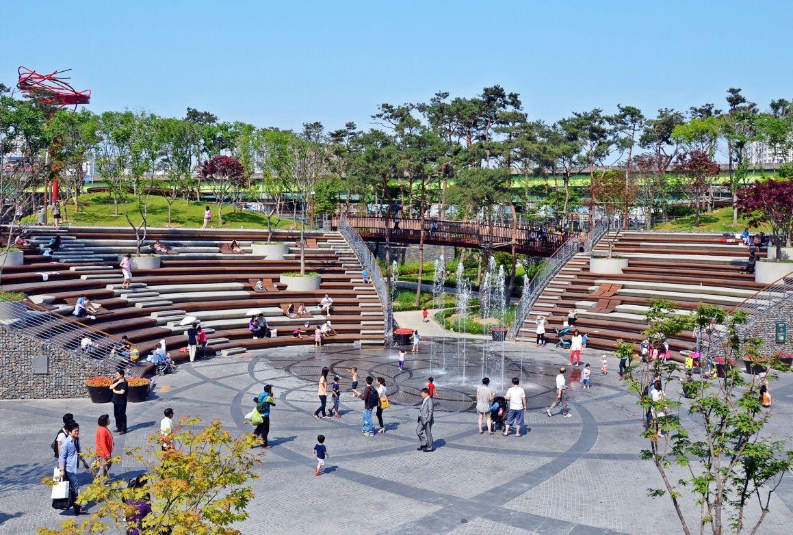 Pin By Huy Trương On Open Space Landscape Plaza Urban Park Streetscape Design